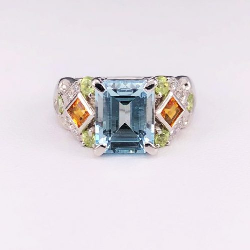 Platinum ring with Aquamarine